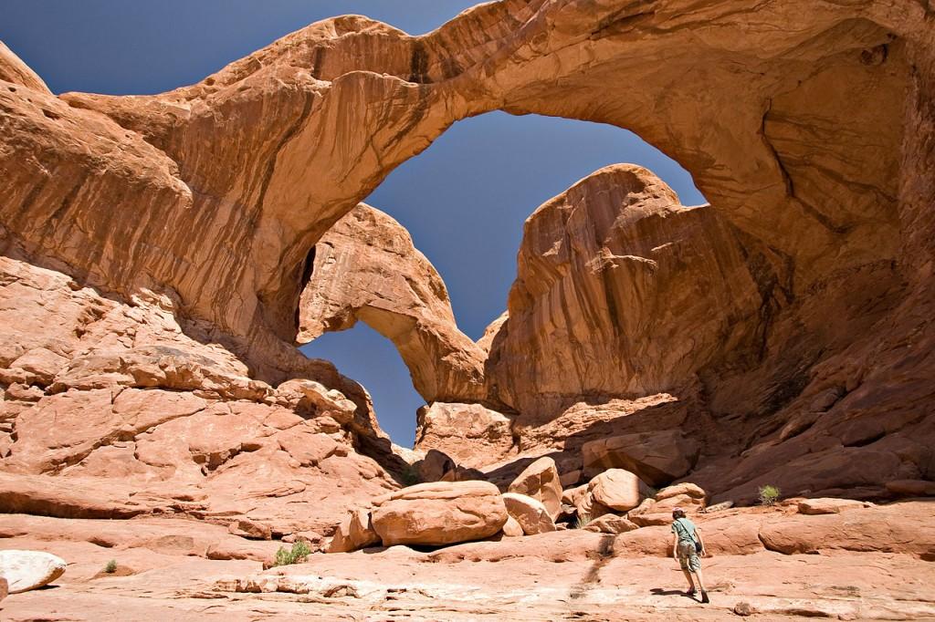 1280px-USA_10439_Arches_National_Park_Luca_Galuzzi_2007
