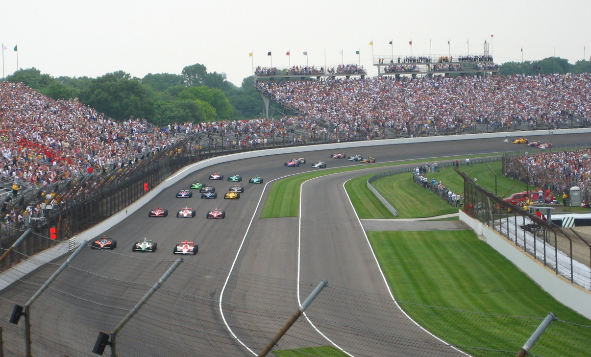 2007_Indianapolis_500_-_Starting_field_formation_before_start
