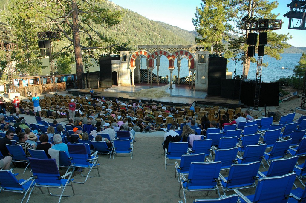 1280px-Lake_Tahoe_Shakespeare_-Twelfth_Night-_25-07-2011_stage